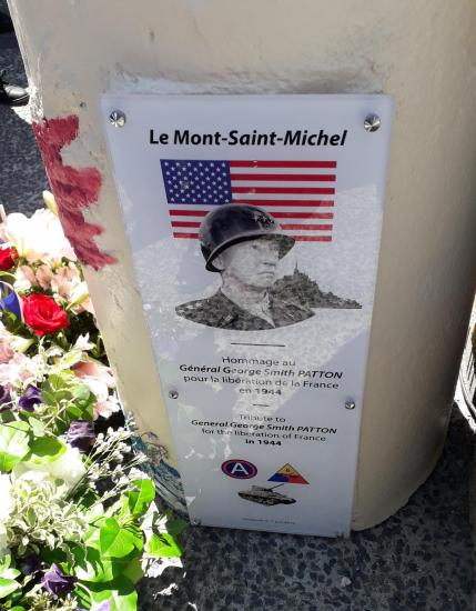 Hommage Gal PATTON Mt St Michel 01 juin 2019 (2)